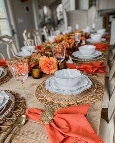 burnt orange fall tablescape Harvest Decorations, Centerpiece Decorations, Table Centerpieces, Autumn Centerpieces, Thanksgiving Table Settings, Thanksgiving Centerpieces, Holiday Tables, Dining Room Centerpiece, Dining Room Table Decor