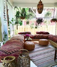 Below are the Bohemian Living Room Design Ideas. This post about Bohemian Living Room Design Ideas was posted under the … Bohemian Style Home, Bohemian Porch, Bohemian Living Rooms, Bohemian Interior, Living Room Decor, Living Spaces, Bedroom Decor, Boho Chic, Bohemian Room
