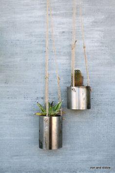 """Set of 2 Round 3"""" Steel Outdoor Garden Hanging Metal Planter"""