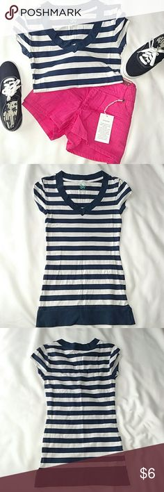 """*** Navy Blue Striped T-shirt/Blouse Your basic casual shirt. Cotton blend. V-neck.   Length: 24.75"""" Pit to pit: 13.5"""" Waist: 24"""" -measured flat-  👉 Price firm unless bundled SO Tops"""