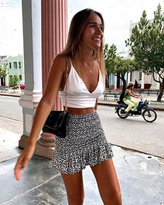 cute summer outfits for teens dresses Cute Casual Outfits, Girly Outfits, Mode Outfits, Stylish Outfits, Vintage Outfits, Sporty Outfits, Teen Skirts Outfits, Cute Outfits With Skirts, Cute Vacation Outfits