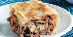 Μελιτζανόπιτα από την Αργυρώ Μπαρμπαρίγου   Φτιάξτε αυτή τη φανταστική συνταγή για σπιτική πίτα με μελιτζάνες, φέτα και χωριάτικο φύλλο Cheese Pies, Savoury Baking, Spanakopita, Greek Recipes, Lasagna, Brunch, Pizza, Vegetarian, Favorite Recipes