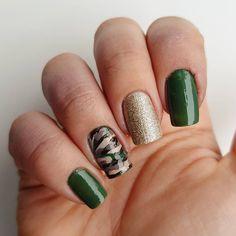 "Domi Králiková (@domi_nailart) na Instagrame: ""Armynails #army #armygirl #armystyle #armynails #nailartideas #goldnails #spring #nailartlover #camouflage #gold #goldnails #partynails #casualnails #springnails #greennails #greennailart #greennaildesign #perfectnails #beautifulnails #naildesigns #pinit #follow #followmenow #pinfollow"