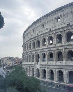 Non cè che una Roma al mondo ed io mi trovo qui come un pesce nellacqua e vi nuoto e galleggio come la bollicina galleggia sopra il mercurio mentre affonderebbe in qualsiasi altro fluido #travelgirl
