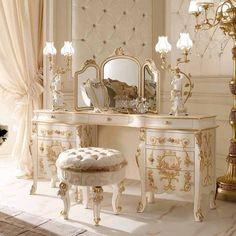 Dream Rooms, Dream Bedroom, Royal Bedroom, Queen Bedroom, Dream Home Design, House Design, Aesthetic Room Decor, Aesthetic Art, Luxury Furniture