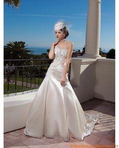 2013 Wunderschöne moderne Brautkleider München kaufen online Brautkleid aus Satin