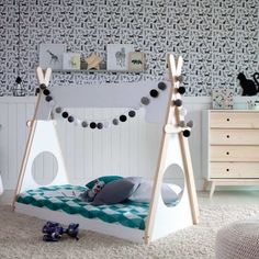 How cute is this custom bed design by our friends from 😍 Bravo