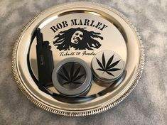 Bob Marley Rolling tray,weed tray,magnetic lighter,ash and stash by Arnolsplundipity on Etsy Diy Resin Tray, Resin Crafts, Stoner Humor, Cool Bongs, Peace Pipe, Glass Bongs, The Deed, Smoke Shops, Bob Marley