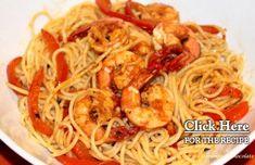 A very flavorful Portuguese style shrimp spaghetti with red pepper recipe (receita de esparguete de camarão com pimento).