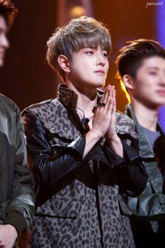 iKON - Donghyuk - Golden Disc Awards 2016