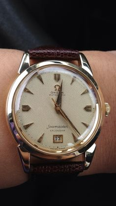 Gorgeous Vintage Omega Seamaster Calendar Reference 2627 With Waffle Dial