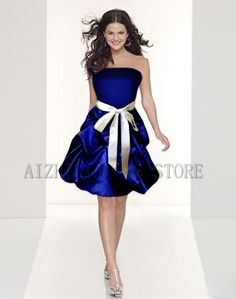 Love! Blue bridesmaid's dress