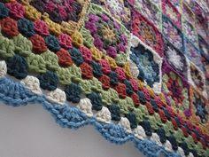 pretty way to edge a granny square blanket