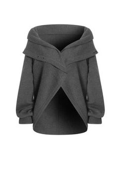 half circle sweater... wonder if I could make something similar.... hmmmmm