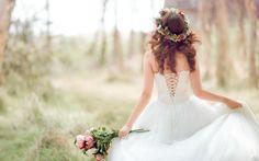 #интересное  Свадебная мода 2016 (5 фото)    Один из самых трогательных и замечательных дней в жизни каждой девушки – свадьба. За много дней до этого важного события выбирается наряд, тщательно изучаются модные тенденции. Фэшн-индустрия – одно из самых востребован