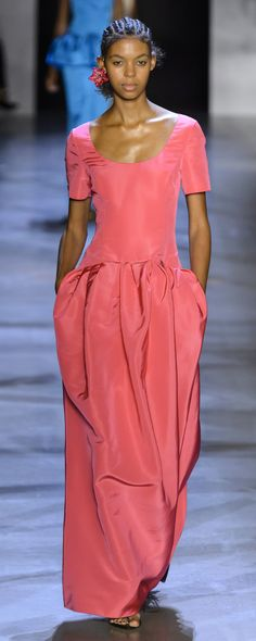 Prabal Gurung Spring-summer 2019 - Ready-to-Wear Couture Fashion, Fashion Show, Fashion Brands, Women's Fashion, Fashion Weeks, Pretty Outfits, Stylish Outfits, Coral Fashion, Iconic Dresses