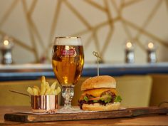 SA's hot new restaurants you haven't tried yet - Eat Out Tapas Bar, Stuff To Do, Alcoholic Drinks, Restaurants, Eat, Places, Food, Alcoholic Beverages, Eten