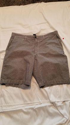 3a88639f3a Mens Gap Shorts Size 35 Gray White Stripe 11