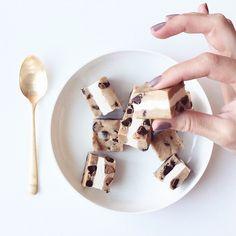Cookie Dough Ice Cream Sandwich Bites #GlitterGuide