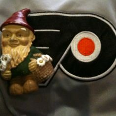 Squatzee at a Flyers game