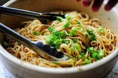 Super Easy Noodles!!! Yep... they're THAT easy :)