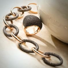 The chain  is only as strong as its weakest link !! The only weakness you should have is the one for some PESAVENTO Jewerly!  #pesavento #jewelry #chain #ring #diamonddust #fashion #trend    #luxury #madeinitaly #highfashion #silverjewelry #designer #italiandesign