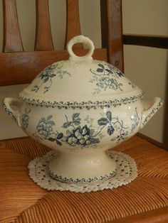 Antique FRENCH SOUP-TUREEN  - ST AMAND earthenware - Blue Floral pattern: ACACIA #2ndEmpire #STAMANDHAMAGEfrenchpottery