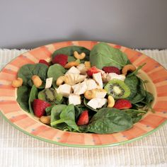 Spinach, Berries and Chicken Salad is hearty, healthy, and a delicious way to get more fruit (and veg) into your diet. Cashew Chicken, Chicken Salad, Roasted Cashews, Summer Berries, Honey Mustard, Fruit And Veg, How To Cook Chicken, Summer Recipes, Healthy Recipes