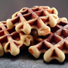 No Bake Desserts, Delicious Desserts, Yummy Food, Waffle Recipes, Cookie Recipes, Beignets, Amsterdam Food, Savory Waffles, Bread Cake