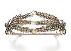 Lot 166 - An attractive diamond wheat sheaf tiara, Second half of 19th Century
