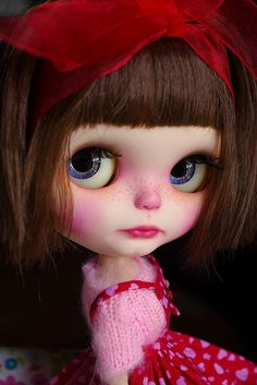 Blythe ✿✿✿ Like the pink tones on cheeks and lips