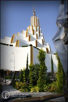 Exterior del Templo Sede Internacional de la Iglesia La Luz del Mundo en la ciudad de Guadalajara, Jal. México. #lldm #templosede