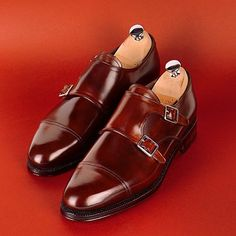 「The new Cherry Shell Cordovan double monk is now available in MTO Groups!!Check on www.meermin.es Buy & Follow @meerminmallorca」
