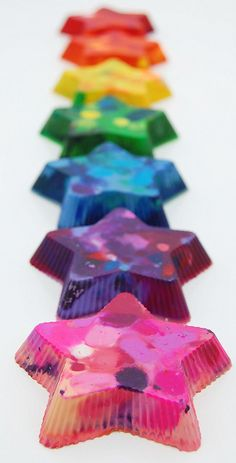 Marbled star crayons