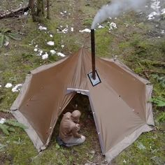Bushcraft Camping, Camping Survival, Outdoor Survival, Survival Prepping, Survival Gear, Survival Skills, Survival Quotes, Survival Books, Survival Shelter