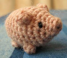 Little Amigurumi Pig - Free Crochet Pattern