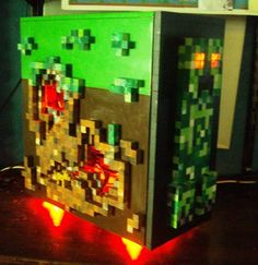 Minecraft casemod. Wow. People are obsessed with this game!
