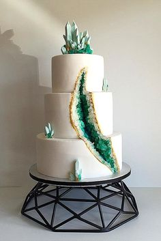 rocky toppers wedding cakes 2