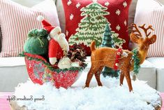 Savvy Southern Style: Christmas in the Sun Room 2013 Christmas Room, Diy Christmas Gifts, Christmas Images, Christmas Ideas, Cozy Christmas, Christmas 2015, Christmas Design, Vintage Christmas, Savvy Southern Style