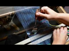 Tapestry style weaving on a rigid heddle loom, part 3 - YouTube