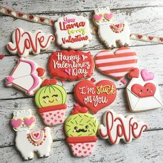 Valentine's cookie options will be posted tomorrow! I'm excited to see what your favorites will be this year. Valentines Baking, Valentines Sweets, Valentines Flowers, Valentines Day Cookies, Valentine Treats, Valentines For Kids, Funny Valentine, Valentine Nails, Valentine's Day Sugar Cookies