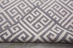ts a beautiful hand woven kilim rug, which is made from 90% Indian fine wool and 10% cotton. It is 9 ft long and 6 ft wide. It is the missing wow factor from your drawing room or bedroom.