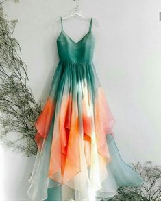 5 Chic Tie-Dye Outfits For Spring-Summer 2019 That You Can Buy Right Now - ~ Indo Western glam. ✨ Informations About 5 Chic Tie-Dye - Tie Dye Outfits, Dress Outfits, Fashion Dresses, Dress Up, Dress Long, Tulle Dress, Pretty Dresses, Beautiful Dresses, Elegant Dresses