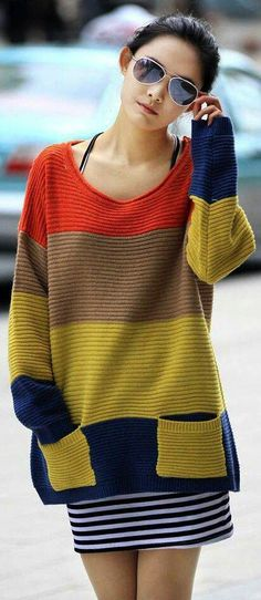 Tejidos - Knitted 2 - Sweater with strong color blocking - Like the bright colors but I would like the pockets to be the same blue as the bottom stripe. Modelos Fashion, Sammy Dress, Crochet Fashion, Mode Inspiration, Crochet Clothes, Pulls, Knitting Projects, Hand Knitting, Knitwear