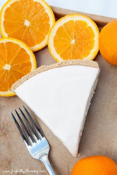 This 5 ingredient frozen creamsicle pie recipe is a perfect summer dessert! #easyrecipe #pie #freezercooking Easy Freezer Meals, Cheap Easy Meals, Freezer Cooking, Quick Easy Meals, Summer Desserts, Easy Desserts, Delicious Desserts, Dessert Recipes, 5 Ingredient Recipes Easy