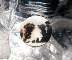 quartz dentrite cabochon rond 1,7 cm blanc et noir : Perles pierres Fines, Minérales par litho-fun