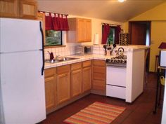VRBO.com #131140 - Forest Haven Cottage ~ Private One Bedroom Cottage in the Redwoods with Hot Tub $125+$60cleaning Trinidad (1 hour drive)