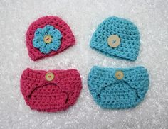 This gorgeous gray newborn diaper cover and button hat set is made from a super soft baby acrylic yarn. Both pieces have button embellishments and the diaper cover unbuttons for easy use. The beanie i Baby Cocoon, Diaper Covers, Crochet Beanie, Crochet Baby, Newborn Hats, Baby Wraps, Baby Knitting, Crochet Clothes, Photography Backdrops