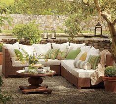 Let's have a cup of tea and a piece of cake in this fabulous outdoor room!