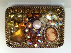girlybeads.com  bling belt buckle from junk jewels